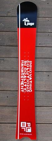 Pogo Snowboards - Overdose mit Firmenlogo Schwarz Rot