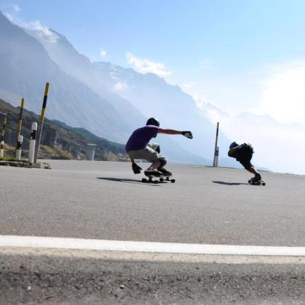 Crissi Eckbauer Pogo Longboard Team rider